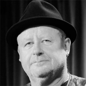 Trumpet Player Gast Waltzing - age: 64