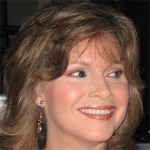 TV Show Host Lorianne Crook - age: 63