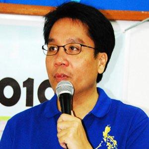 Politician Mar Roxas - age: 63