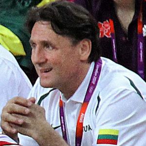 Basketball Player Valdemaras Chomicius - age: 62