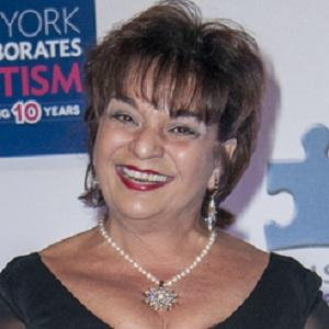 Movie actress Lin Tucci - age: 60