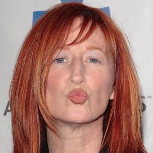 TV Actress Vicki Lewis - age: 60