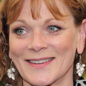 Movie actress Samantha Bond - age: 59