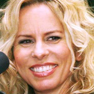Pop Singer Vonda Shepard - age: 53