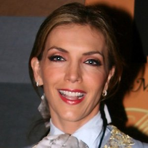 TV Actress Laura Flores - age: 53