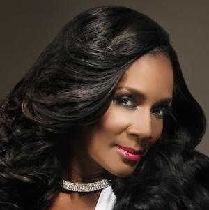 Reality Star Momma Dee - age: 57