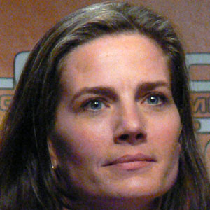 TV Actress Terry Farrell - age: 53
