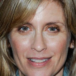 TV Actress Helen Slater - age: 53