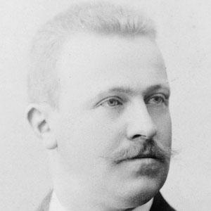 Scientist Erich Von Drygalski - age: 55