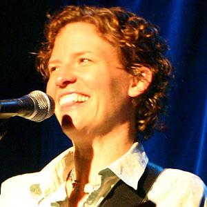 Pop Singer Catie Curtis - age: 55
