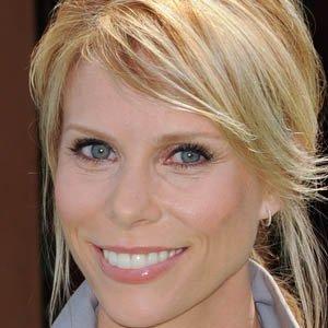 TV Actress Cheryl Hines - age: 55