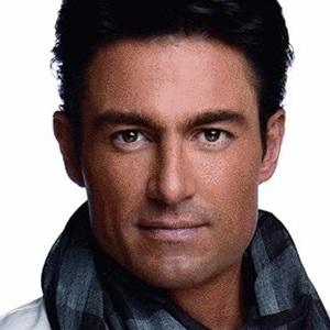 Soap Opera Actor Fernando Colunga - age: 51