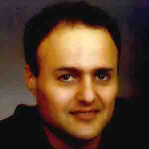 Pianist Dan Papirany - age: 53