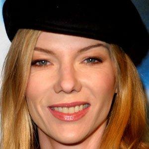 TV Actress Stephanie Niznik - age: 53
