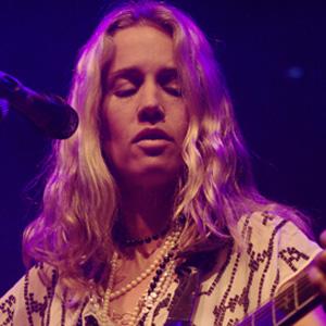 Rock Singer Heather Nova - age: 49