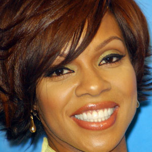TV Actress Wendy Raquel Robinson - age: 54