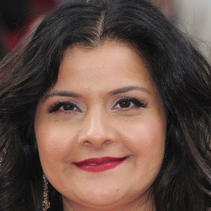 TV Actress Nina Wadia - age: 48