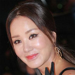 Pop Singer Uhm Jung-hwa - age: 47