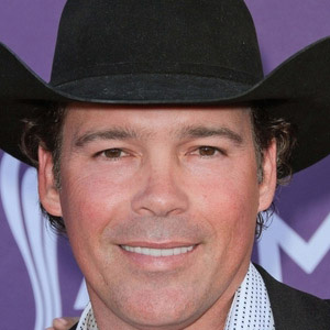 Country Singer Clay Walker - age: 48