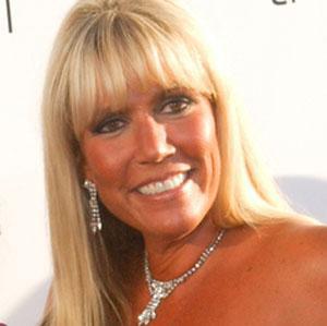 Screenwriter Karen Lutz - age: 50