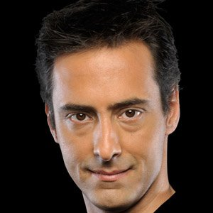 Magician Luis de Matos - age: 50