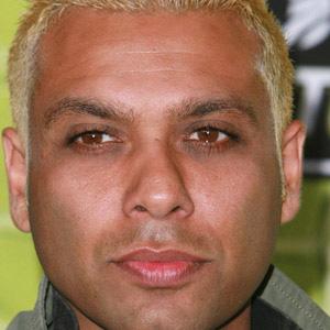Bassist Tony Kanal - age: 46