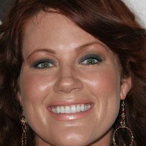 Movie actress Elisa Donovan - age: 50