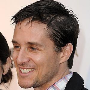 Voice Actor Yuri Lowenthal - age: 49