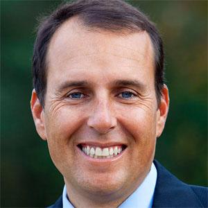 Politician David Cruz Thayne - age: 49