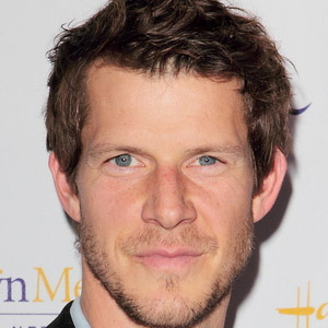 TV Actor Eric Mabius - age: 49