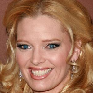 TV Actress Melissa Peterman - age: 45