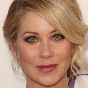 TV Actress Christina Applegate - age: 46