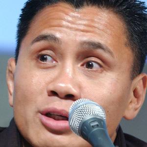 Boxer Cung Le - age: 48