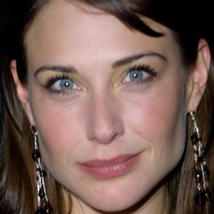 Movie actress Claire Forlani - age: 48