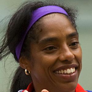 Yamile Aldama - age: 48