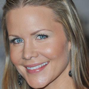 TV Actress Josie Davis - age: 48