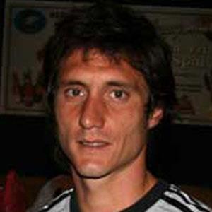 Soccer Player Guillermo Barros Schelotto - age: 48
