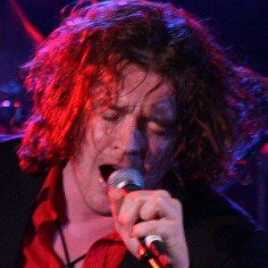 Rock Singer Vincent Cavanagh - age: 43