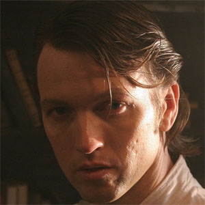 TV Actor Aric Cushing - age: 47