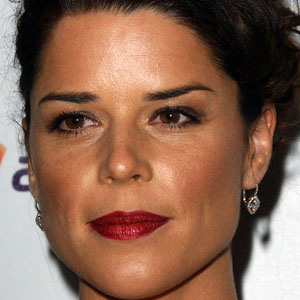 Movie actress Neve Campbell - age: 47