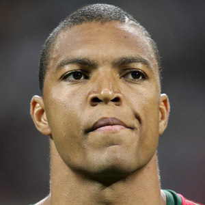 Soccer Player Nelson Dida - age: 47