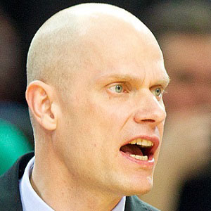 Basketball Player Saulius Stombergas - age: 43