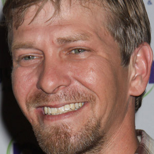Country Singer Kevin Skinner - age: 46