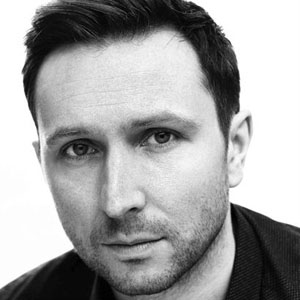 TV Actor Alex Newcombe Walkinshaw - age: 46