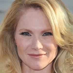 TV Actress Tara Buck - age: 45