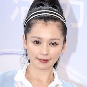 Pop Singer Vivian Hsu - age: 45