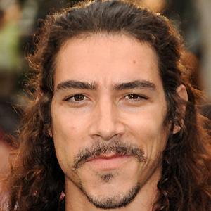 Movie Actor Oscar Jaenada - age: 45