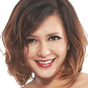 Pop Singer Cheryl Miles - age: 45