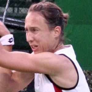 Female Tennis Player Anne Kremer - age: 45