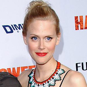 Voice Actor Janet Varney - age: 44
